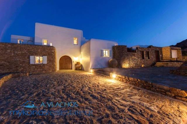 (For Sale) Residential Villa || Cyclades/Mykonos - 600Sq.m, 6Bedrooms, 4.400.000€